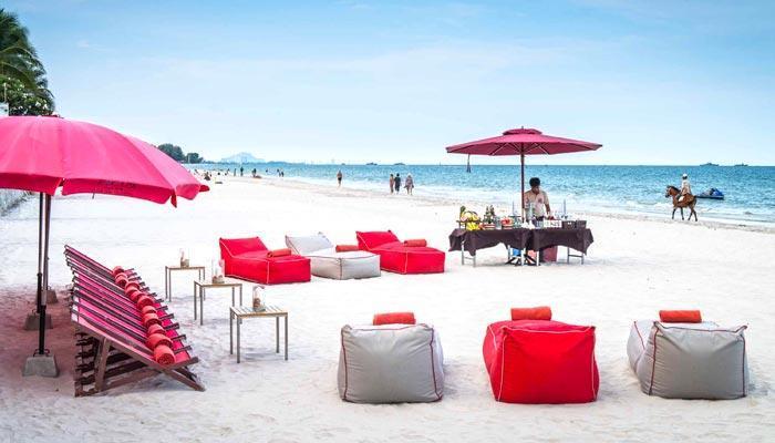 Beach Bars in Hua Hin