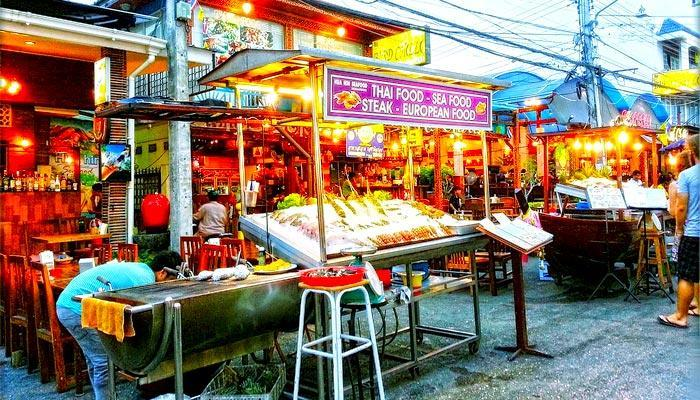 Eating at the Hua Hin night markets