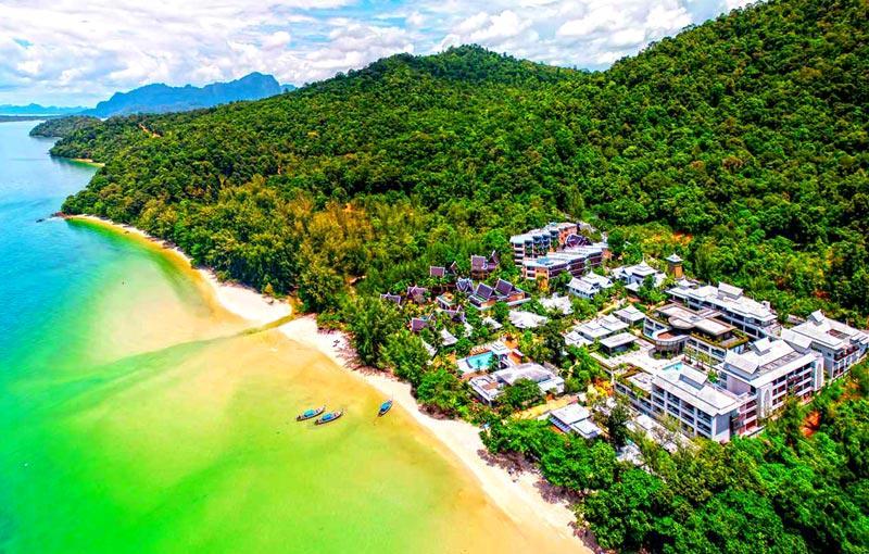 Beachfront accommodation in Krabi